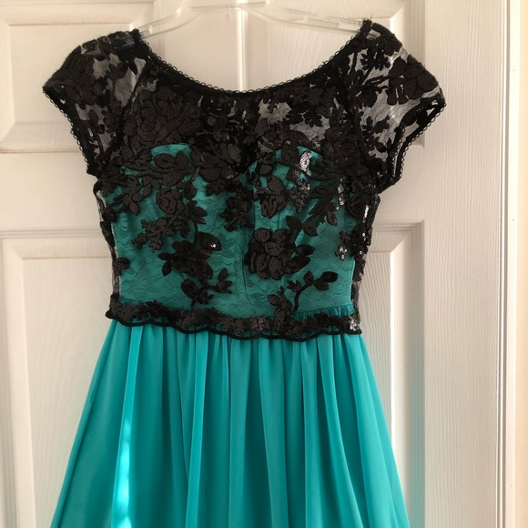 a9042eeb11439 Dresses | Cute Teen Party Dress Size 34 | Poshmark